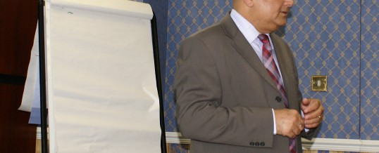 Why Leadership v/s Management intrigues participants during leadership programme?